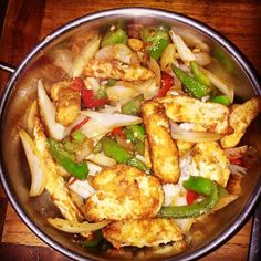 Guilt free Salt and chilli chicken is part of Slimming World Chicken recipes - HandyFood Easy to make recipes Food that looks and tastes great Slimming World Fakeaway, Slimming World Dinners, Slimming World Recipes Syn Free, Slimming World Diet, Slimming Eats, Slimming World Chicken Recipes, Fake Away Slimming World, Slimming World Lunches Work, Actifry Recipes Slimming World