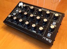 MATRIXSYNTH: Moog Minitaur Analog Bass Synthesizer