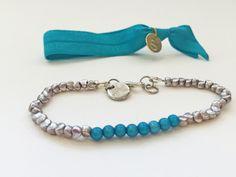 Superchicke elastische Armbänder in blau. #braclets #elastic #pearls #armbänder #hairties #DPbeanies #blue #silver Turquoise Bracelet, Beaded Bracelets, Jewelry, Fashion, Blue, Moda, Jewlery, Jewerly, Fashion Styles