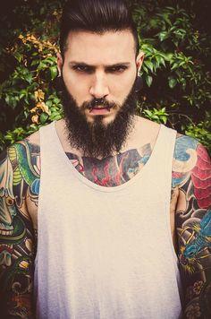 Fotografía: Sonia Díaz www.soniadiaz.net  Modelo: Álvaro Valiente #alternative #barba #barbas #barbudo #barcelona #bcn #beard #bearded #beards #editorial #fashion #hombre #man #miranda de ebro #moda #model #modelo #sonia diaz #streetstyle #tatto #tattos #tatuaje