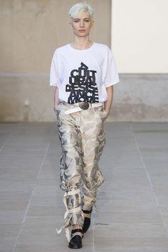 Each x Other Spring 2016 Ready-to-Wear Fashion Show - Odette Pavlova (Next)