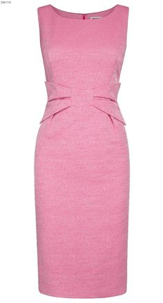 Silk tweed dress in pink Dress Outfits, Casual Dresses, Fashion Dresses, Dresses For Work, Summer Dresses, Formal Dresses, 60 Fashion, African Fashion, Fashion Design
