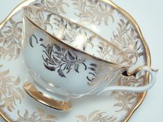 Hey, I found this really awesome Etsy listing at https://www.etsy.com/listing/208544497/royal-albert-vintage-fine-bone-china