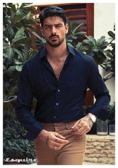 Handsome Italian Men, Italian Guys, Just Beautiful Men, Beautiful People, 365days, Looks Street Style, Stylish Mens Outfits, Poses For Men, Good Looking Men