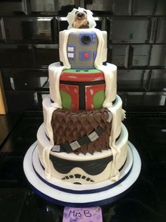 Star Wars Wedding Cake...I'm okay with this wedding cake!! I'd rather have it half and half so we could see more of the star wars tiers!