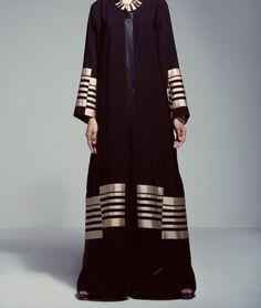 Black and Gold Khaleeji Style Open Front Abaya