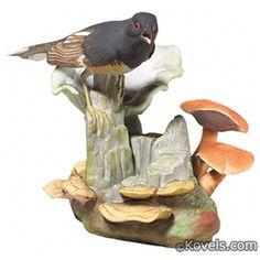 Boehm Towhee, On Stump, Mushrooms, Fungus Figurine