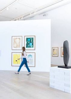 Phillips de Pury Auctions, The Mayfair & Marylebone Guide