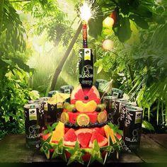 Wir feiern mit GUAMPA Frucht-Torte und GUAMPA Energy Cocktails:  HappyBirthday, GUAMPA Enerydrink!