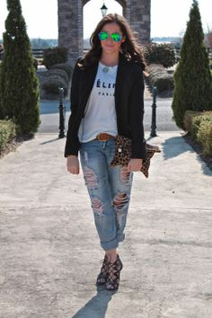 what i wore: deconstructed boyfriend jeans w/ walking in memphis in high heels