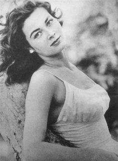 Gia Scala Hot Glossy Photo No1   Art, Art Photographs   eBay! Italian Actress, Italian Beauty, British Actresses, Old Hollywood Glamour, Alfred Hitchcock, Girl Dancing, Showgirls, Pin Up, Couple Photos