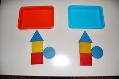 El baúl de A.L: Atención Plastic Cutting Board, Triangle, Note Cards, Activities