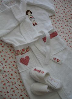 Copia de Albornoz Irene Spa Birthday Parties, Spa Party, Baby Sewing, Baby Kids, Kids Fashion, Clothes, Style, Bath Robes, Hand Towels