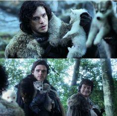 Game of thrones - look at Theon's face hahahahahahahaha