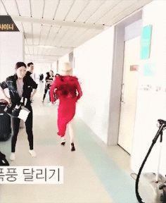 Running in heels like a pro... WORK IT SUHO!!!