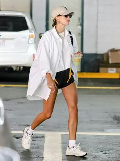 Looks Chic, Looks Style, Style Me, Summer Outfits, Casual Outfits, Fashion Outfits, Mode Lookbook, Hailey Baldwin Style, Mein Style