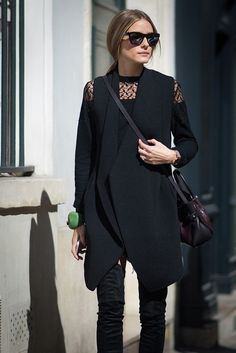 Street Style At Paris Fashion Week Spring/Summer Day 5 Olivia Palermo. All black outfit. Fashion Week Paris, Fashion Week 2016, Fashion Mode, Style Fashion, Olivia Palermo Street Style, Looks Jeans, Jessica Parker, Mein Style, Look Chic