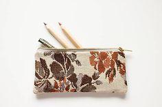 Kvetovaný (tkaný) I. Bags, Design, Fashion, Handbags, Moda, Fashion Styles, Fashion Illustrations, Bag