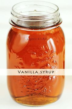 Homemade Vanilla Syrup - Eugenie Kitchen