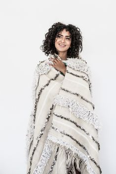 Traditionally wedding blankets were worn by the Berbers as a cape during the wedding ceremony! Isn't it beautiful?