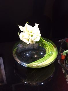 White calla bowl