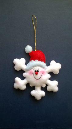 Ideas for vintage christmas tree art xmas Christmas Tree Art, Felt Christmas Decorations, Felt Christmas Ornaments, Christmas Makes, Christmas Sewing, Handmade Christmas, Christmas Crafts, Christmas Projects, Felt Crafts