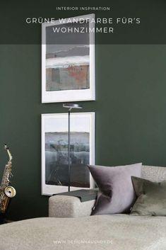 Unser neues Farbkonzept: dunkelgrüne Wandfarbe mit messingfarbenen und schwarzen Elementen #wohnen #einrichten #ideen #interior #design #wohnzimmer #livingroom #wandfarbe #grün #green #wallpaint Gallery Wall, Design, Home Decor, Classic Dining Room, Small Condo, Living Room Ideas, Ad Home, Decoration Home, Room Decor