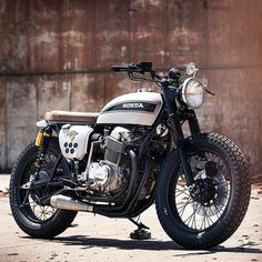 Clean, simple Brat-style customs, we never tire of seeing a well built one like this CB750 by @branew from North Carolina  Head to the Bike Shed for the build feature and full sized photos.  #Honda #CB750 #Brat