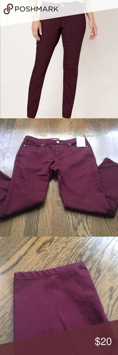 Lauren Conrad skinny maroon jeans size 10! Lauren Conrad skinny maroon jeans size 10! Super stretchy & great for any occasion! Dress up or down! ❌No trades LC Lauren Conrad Jeans