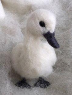 Hey, j'ai trouvé ce super article sur Etsy, chez https://www.etsy.com/fr/listing/231289366/aiguille-feutre-baby-swan-cygnet