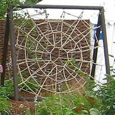Spiders web scramble net. Via Stonk Knots, design in rope