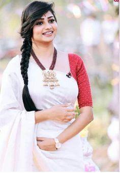 Rachita Ram Latest HD Pictures and Wallpapers - NatoAlpabet Sneha Actress, Most Beautiful Indian Actress, Brunette Beauty, Dress Suits, Dresses, Hd Picture, Saree Dress, Saree Styles, India Beauty