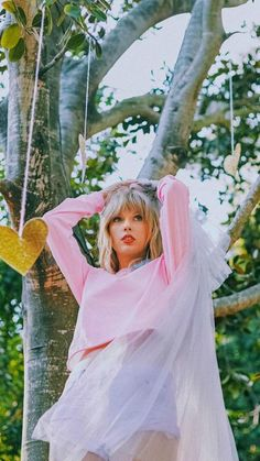 Music Wallpapers and Backgrounds Images on page ✓ All images are available in HD, Resolutions for Desktop & Mobile Phones Taylor Swift Hot, Long Live Taylor Swift, Taylor Swift Pictures, Red Taylor, Taylor Swift Songs, Taylor Swift Photoshoot, Taylor Swift Wallpaper, Rihanna, Cultura Pop