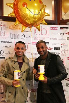 Aston & JB of @JLSofficial came to raise money for @RaysOfSunshine & show their support of our Guinness World Records attempt in May! #LCBTCelebrityFriends