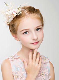 Crown Rhinestone Girl Hair Accessories Crown Flower Girl Headdress 5cbdfd6d313b