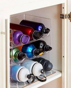13 ideas for a brilliant organization of kitchen cabinets 13 Brilliant Kitchen Cabinet Organization Ideas – Glue Sticks and Gumdrops - Own Kitchen Pantry Kitchen Ikea, Kitchen Pantry, Kitchen Hacks, Smart Kitchen, Organized Kitchen, Kitchen Decor, Kitchen Small, Country Kitchen, Cheap Kitchen