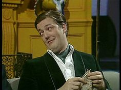 It's official: Stephen Fry knits, therefore, he must be my soulmate!