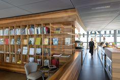 Shop mit Café in Museum