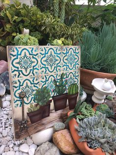Cuadro Decoupage Box, Decoupage Vintage, Cactus Craft, Meditation Garden, Pintura Country, Country Paintings, Stone Art, Diy And Crafts, Tapestry