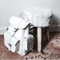 Bellissimo Zainetto Bianco made by @grafea #zainetto #bianco #grafea www.grafea.com