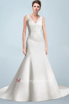 Wholesale and Retail Glamorous V-neck A-line Lace Wedding Dress with Buttons - Beautiful Wedding Dresses Wholesale and Retail Online