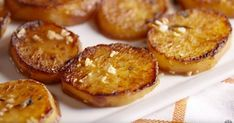 Cooking Melting Potatoes Video – Melting Potatoes Recipe How To Video Melting Potatoes Recipe, Perfect Mashed Potatoes, Melting Chocolate Chips, Fast Dinners, How To Cook Potatoes, Mini Cheesecakes, Vegetable Dishes, Side Dish Recipes, Tasty Dishes