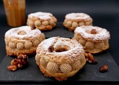 Philippe Conticini - Le Paris-Brest ! - Citron et Chocolat Le Paris Brest, Caramel, Food To Make, Muffin, Food And Drink, Cookies, Breakfast, Chefs, Cream Puff Recipe