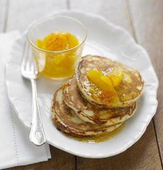 Buttermilch-Pancakes mit Orangen-Mandarinen-Kompott und 87.000 weitere Rezepte entdecken auf DasKochrezept.de