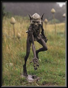 I want this mischievous lil fellow in my garden! Or living room lol. (by David Goode - Bronze Sculpture)