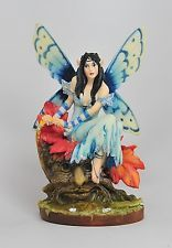 LINDA RAVENSCROFT A TOUCH OF FOREST FAIRY FIGURINE STATUE.BEAUTIFUL DETAILS