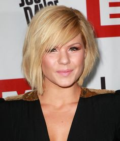 Kimberly Caldwell Short bob hairstyle with side swept bangs