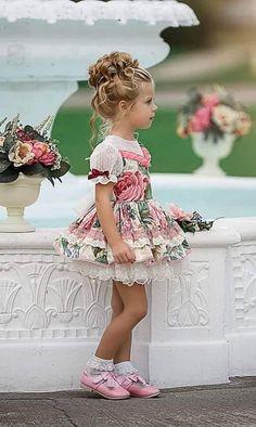 Dollcake Dresses, Frilly Dresses, Lovely Dresses, Little Girl Dresses, Beautiful Outfits, Vintage Dresses, Girls Dresses, Little Girl Fashion, Kids Fashion