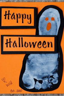 Ghost Feet Halloween Cards via smalltc #Halloween #crafts #DIY #kids