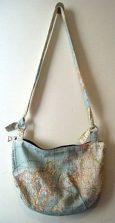 oh sweet jesus. its a handbag. and a map. i need this. right now.